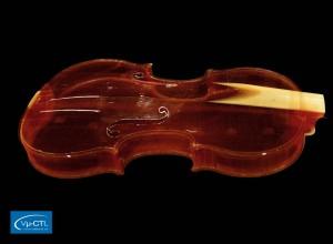 Historische Violine aus dem 18. Jahrhundert, Auflösung 100µm